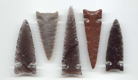 Set of 5 Desert Side Notch Style Arrowheads -- 2004, 2005 A.D.